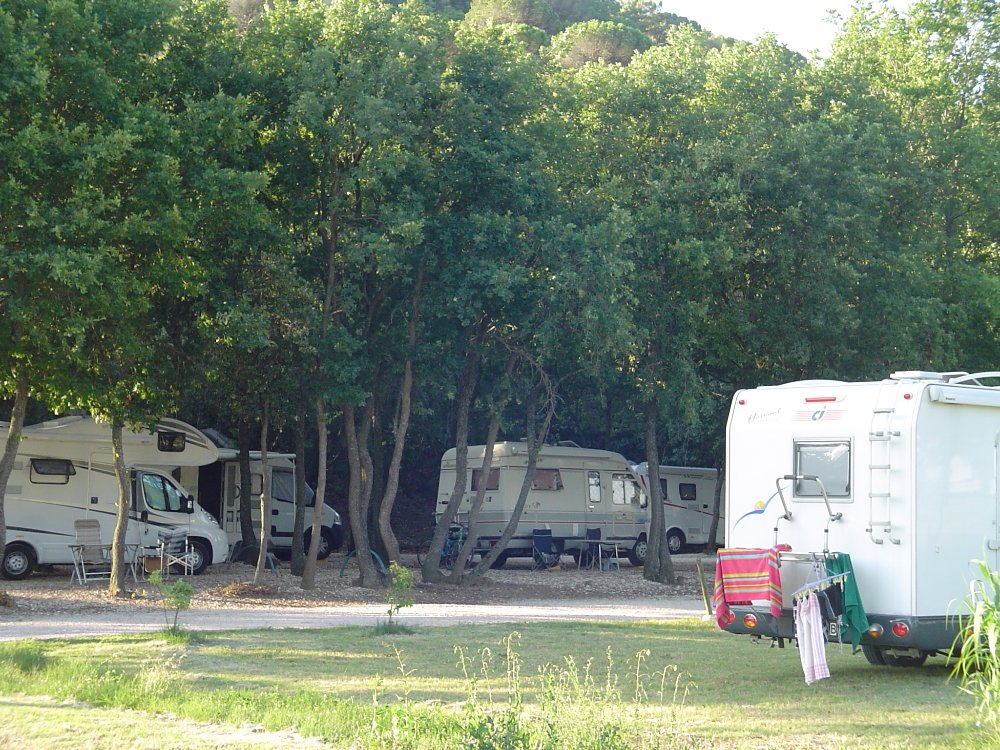 Aire camping-car à Clansayes (26130) - Photo 4